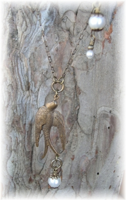 Vintaj brass necklace freshwater pearls soaring bird